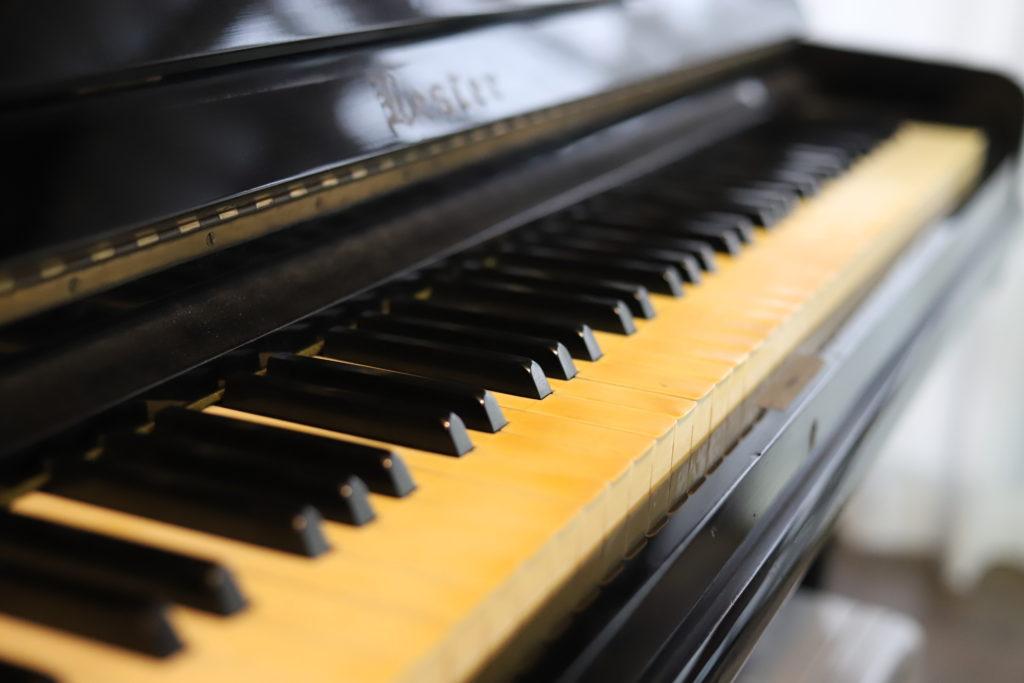 秩父 昭和レトロ 古民家 写真 コンセント カフェ ピアノ